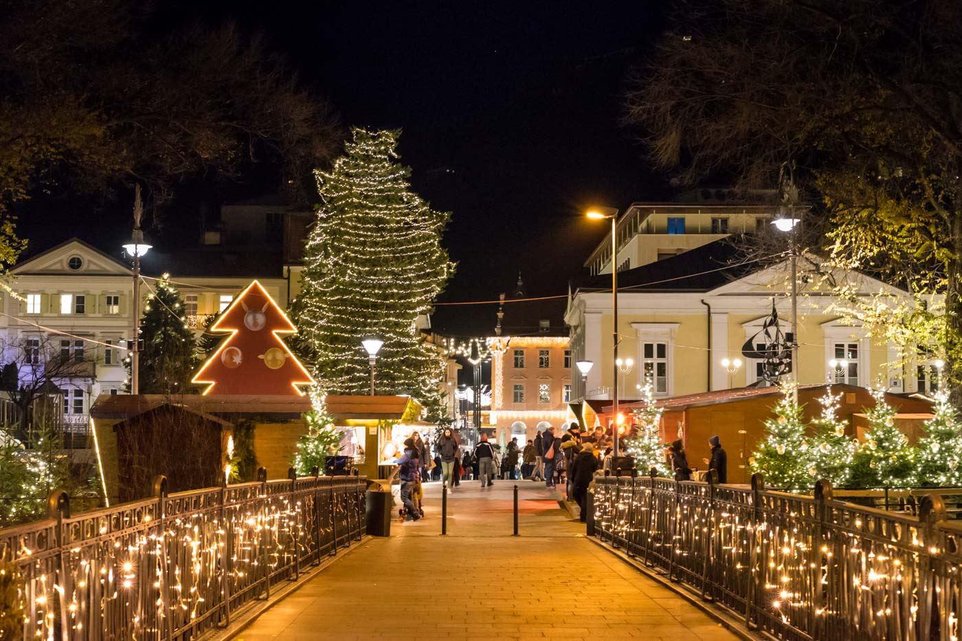 Mercatini Di Natale A Merano Foto.Mercatini Di Natale Merano E Castello Rametz
